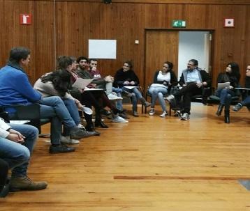 La Unitat de Mediació UB celebra el Dia Europeu de la Mediació amb un taller de Grafiti social